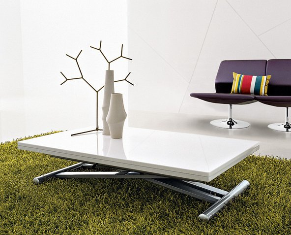 Et si l 39 on choisissait une table relevable extensible - Table basse transformable en table haute ...