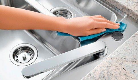 comment nettoyer évier cuisine