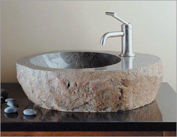 vasque de rivière creusée