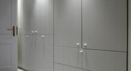 Placards En MDF Fautil Choisir Le MDF Uniquement Pour Son Prix - Porte placard coulissante jumelé avec comparatif portes blindées