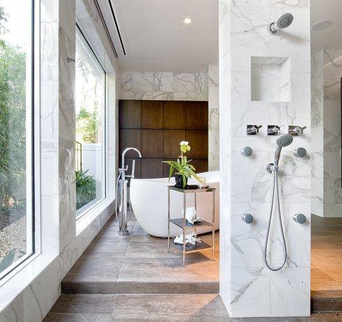 colonne de douche avec marbre