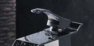 focus sur la salle de bain du receveur extra plat au meuble vasque. Black Bedroom Furniture Sets. Home Design Ideas