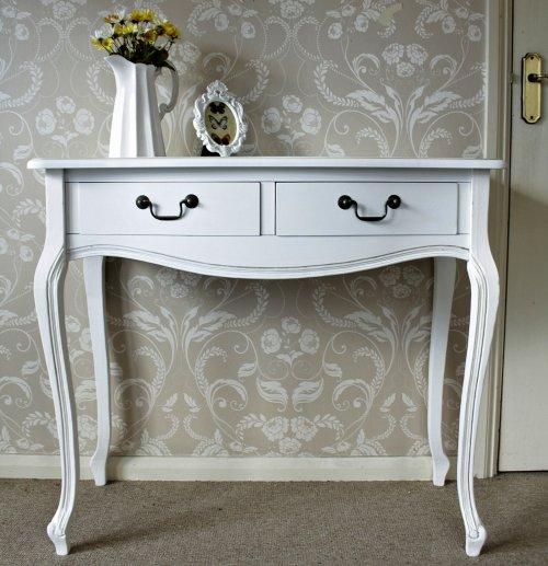 la console classique. Black Bedroom Furniture Sets. Home Design Ideas
