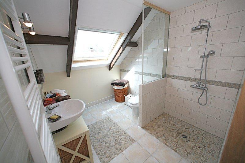 acc s la douche reconsid rer la douche l italienne. Black Bedroom Furniture Sets. Home Design Ideas