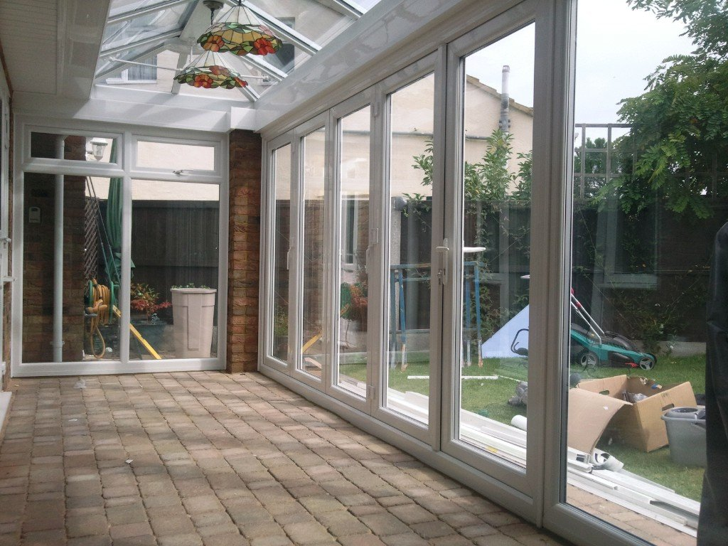 amenager une veranda en entree. Black Bedroom Furniture Sets. Home Design Ideas