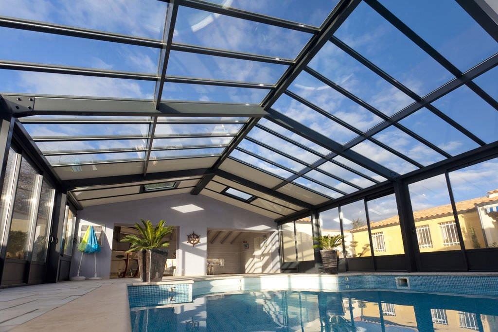 Une piscine dans une verri re c est possible et moins compliqu que vous ne le pensez - Abri piscine adosse maison nanterre ...