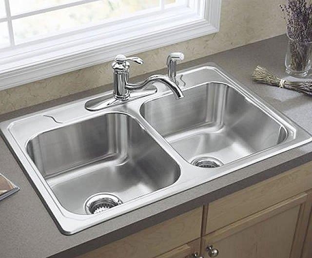 les 3 types d'éviers pour les plans de travail de cuisine