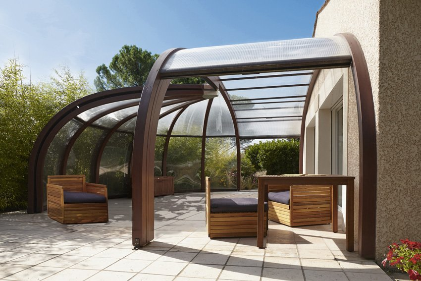 pergola le guide 2018 pour bien choisir le style et les. Black Bedroom Furniture Sets. Home Design Ideas