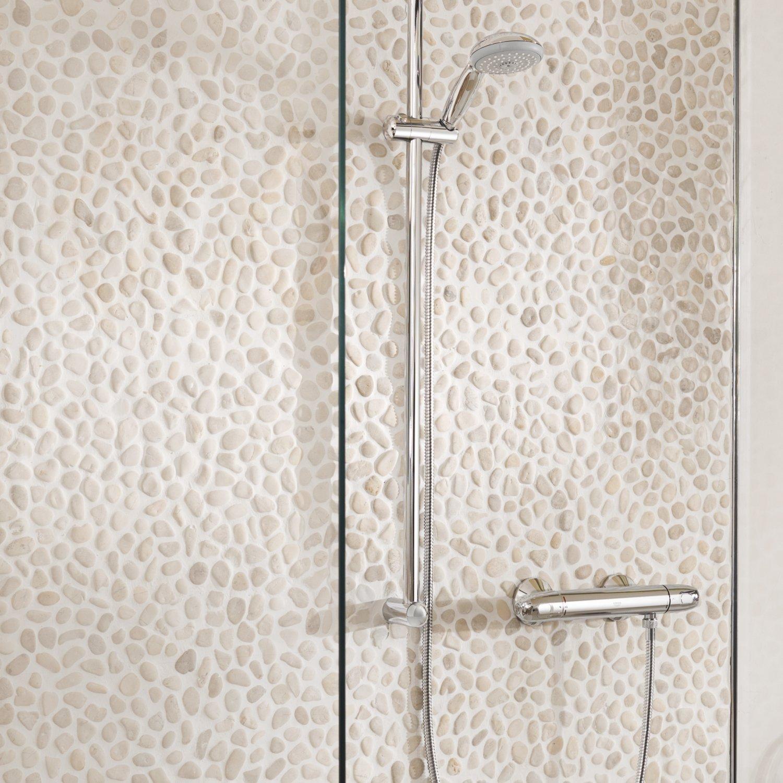 mitigeur-avec-colonne Notre avis sur mitigeur de douche thermostatique GROHE Grohtherm 1000 – MODERNE