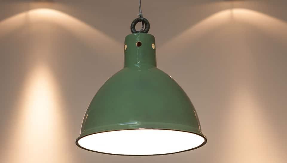 relooker sa cuisine avec des luminaires industriels