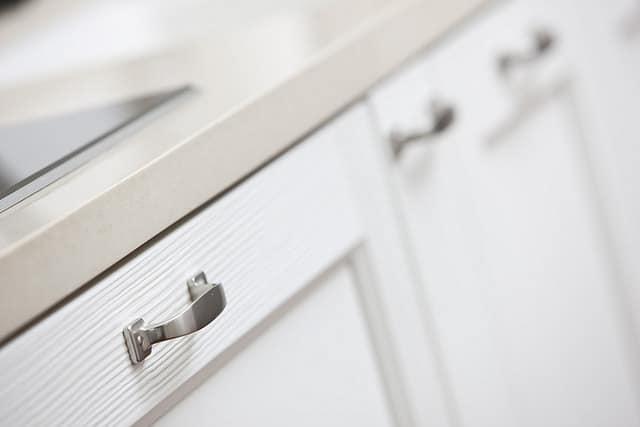 changer les portes de placard de cuisine zhitopw. Black Bedroom Furniture Sets. Home Design Ideas