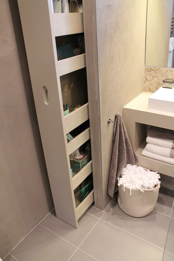 5 astuces pour optimiser les rangements dans une salle de bain - Rangement salle de bain ...