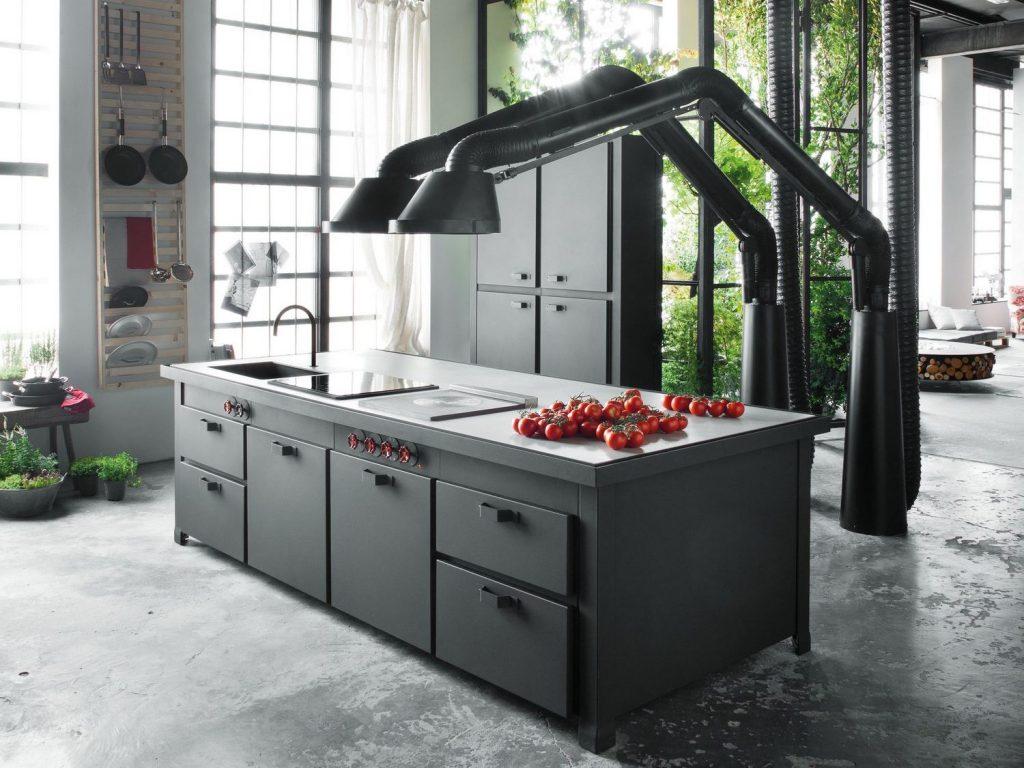 Résolument industrielle cette cuisine...