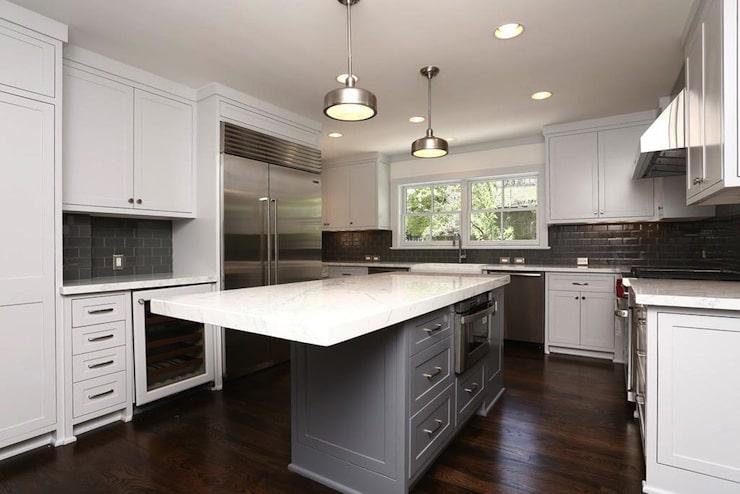9 astuces de rangement pour optimiser l espace de sa cuisine - Table haute avec rangement pour cuisine ...