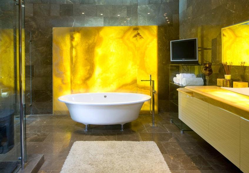salle de bain jaune 10 mod les pour vous faire changer d avis sur le jaune. Black Bedroom Furniture Sets. Home Design Ideas