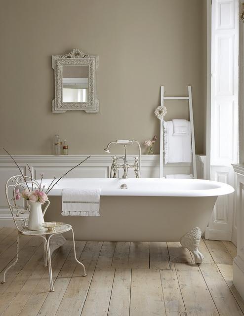 Déco salle de bain : 17 photos de salles de bains rustiques et modernes