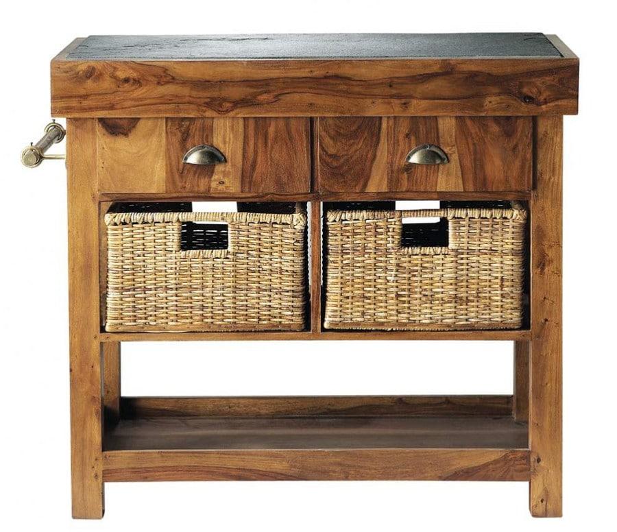 Ce billot en bois s'intègre parfaitement dans une cuisine de campagne.