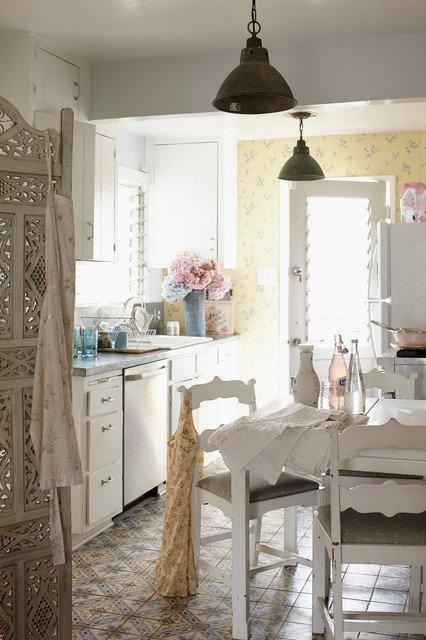 cuisine ancienne 10 mod les au charme de l ancien. Black Bedroom Furniture Sets. Home Design Ideas