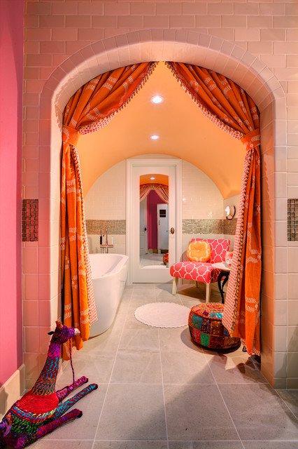 salle-de-bain-mediterraneenne-rose-et-rouge