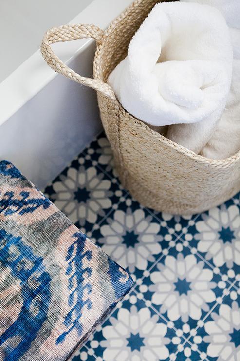 carreaux-de-ceramique-bleu-pour-salle-de-bain