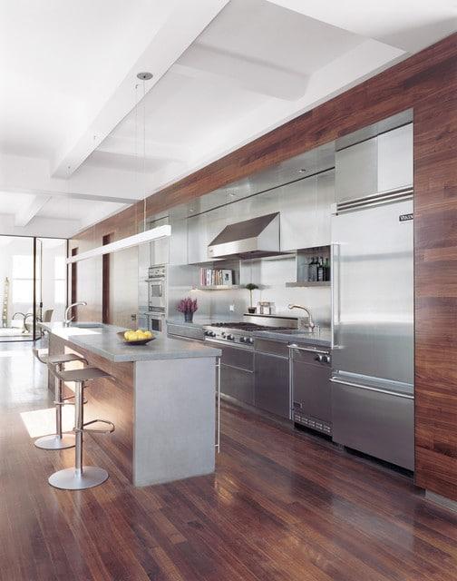 cuisine moderne bois et inox - Cuisine design en inox : 15 modèles d'élégance et de raffinement