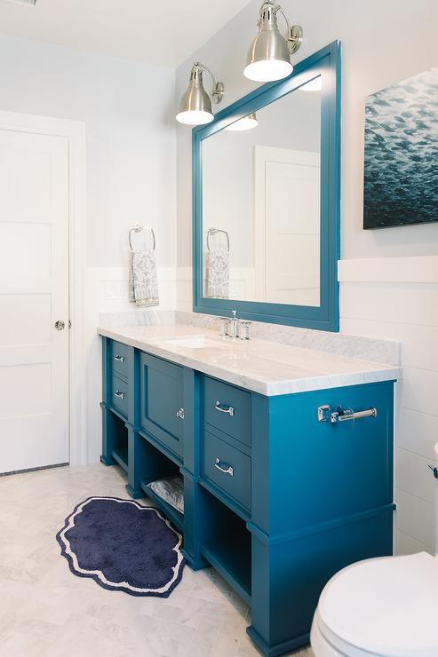 Salle de bain couleur bleue 20 mod les pour vous sentir for Accessoire de salle de bain bleu