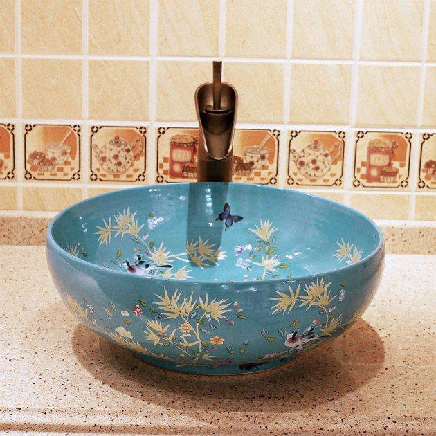 robinet-de-salle-de-bain-avec-bec
