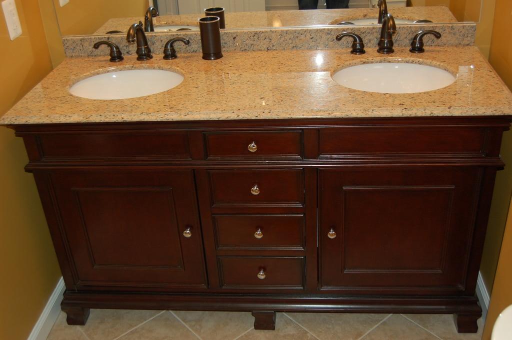 Robinetterie de salle de bain 20 mod les pour faire son choix for Robinetterie antique pour salle de bain