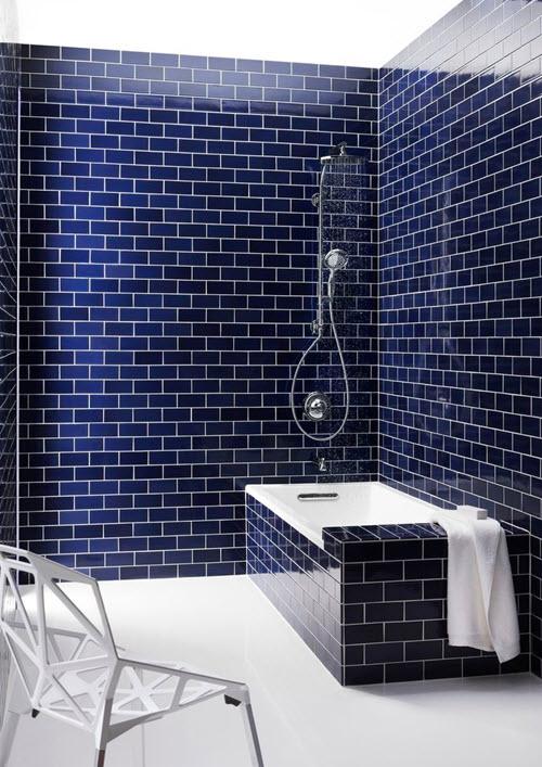 salle de bain couleur bleue 20 mod les pour vous sentir comme dans un aquarium. Black Bedroom Furniture Sets. Home Design Ideas