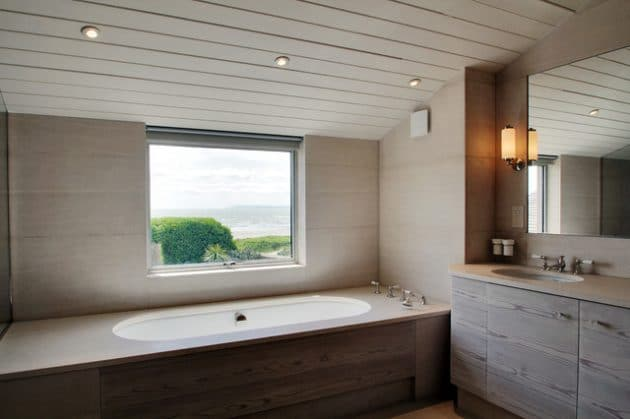 salle-de-bain-minimaliste-en-bois