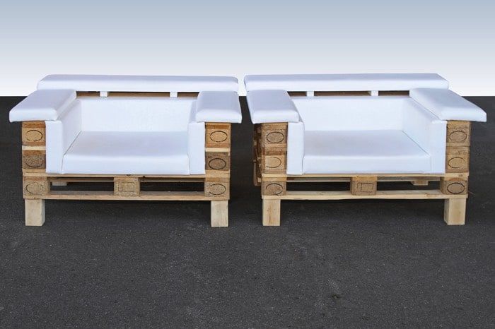 canap d angle en palettes nos conseils pour bien le fabriquer. Black Bedroom Furniture Sets. Home Design Ideas