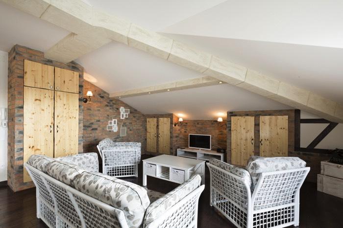 Chambre sous toit 20 photos conseils et astuces pour l - Chambres mansardees ...