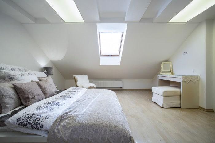 chambre-sous-toit-photographee-eu-722