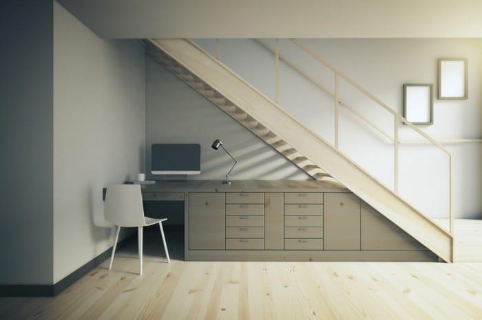 espace-vide-sous-escalier-peshkova022