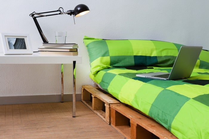 idée déco lit en palette