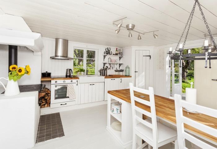 fabriquer une table en bois toutes les tapes de fabrication. Black Bedroom Furniture Sets. Home Design Ideas