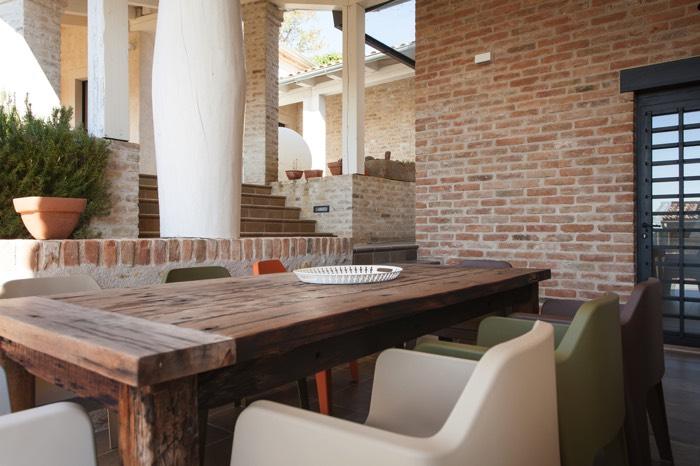 Table de salle à manger en bois : 5 essences de bois incontournables