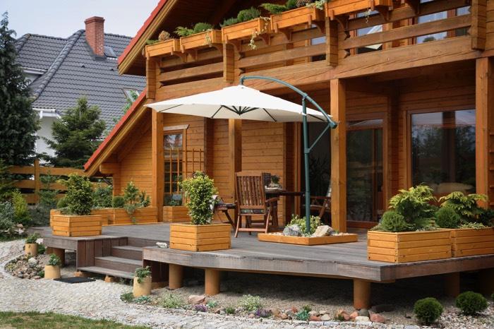 autour de la maison la fonte de la neige et le retour du beau temps vous tant mieux parce que. Black Bedroom Furniture Sets. Home Design Ideas