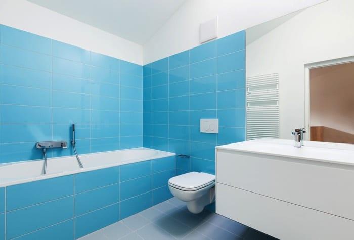 comment repeindre sa salle de bain (25 idées) : toutes les étapes ... - Comment Repeindre Une Salle De Bain
