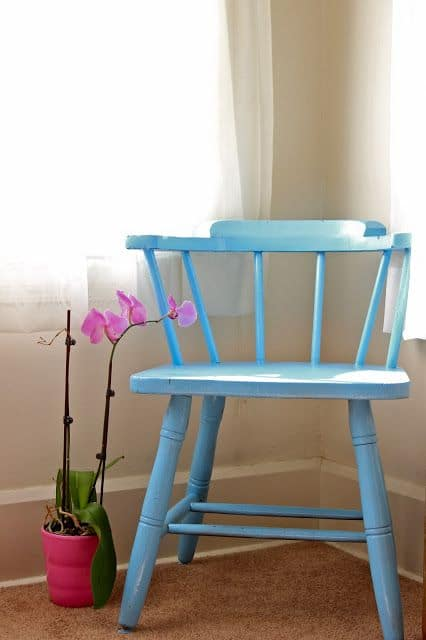 repeindre des chaises en bois tapes et conseils pratiques. Black Bedroom Furniture Sets. Home Design Ideas