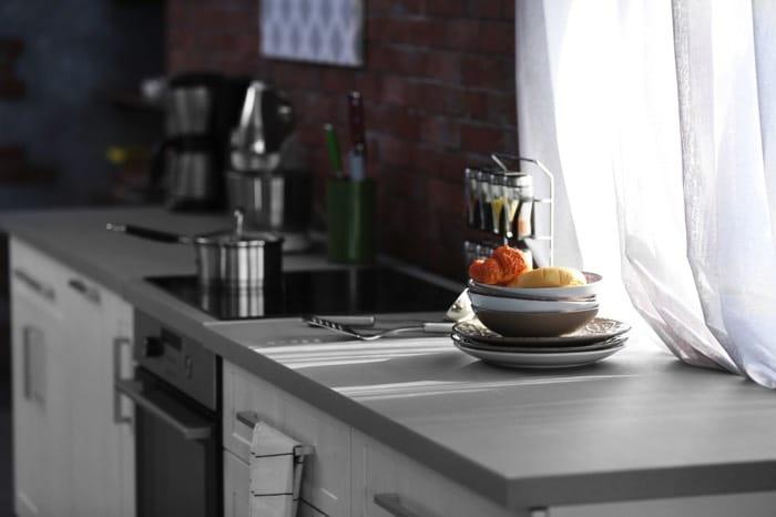 Cuisine grise : la cuisine tendance en 40 modèles Gris Clair ...