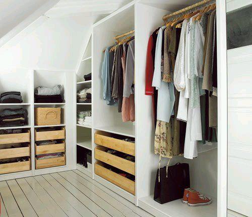 dressing sous pente 14 id es pour exploiter au mieux l 39 espace sous toit. Black Bedroom Furniture Sets. Home Design Ideas