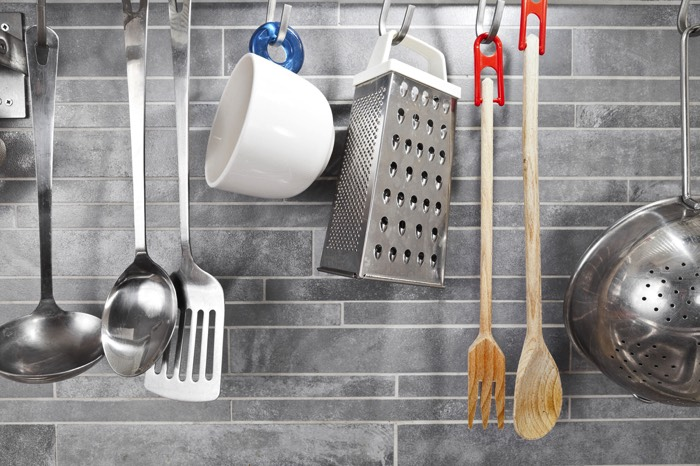 cuisine grise la cuisine tendance en 40 mod232les gris