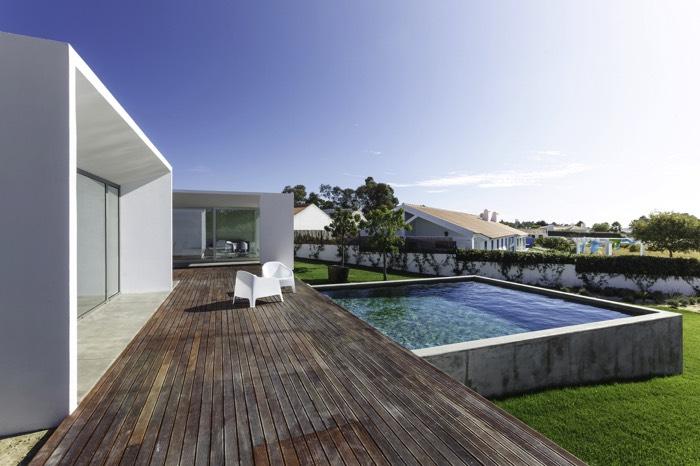 Am nagement piscine en bois 24 exemples de designs for Piscine bois carre