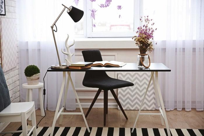 am nagement d un petit bureau 50 id es pour maximiser l. Black Bedroom Furniture Sets. Home Design Ideas