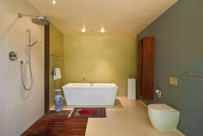 Comment repeindre sa salle de bain 25 id es toutes les for Repeindre une salle de bain