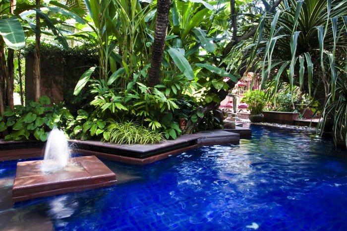 Am nagement d 39 un jardin avec piscine 12 designs de r ve for Jardin 50m2 avec piscine
