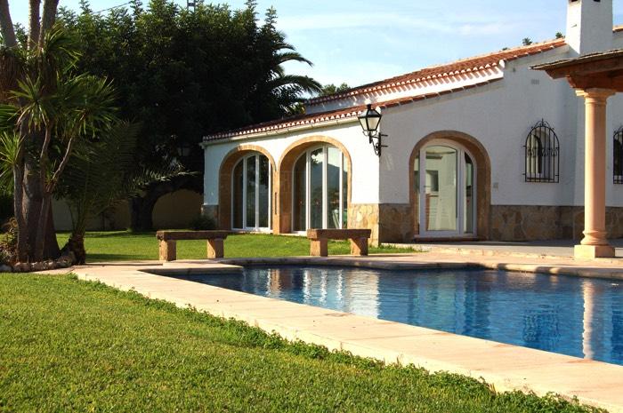 am233nagement dun jardin avec piscine 12 designs de r234ve
