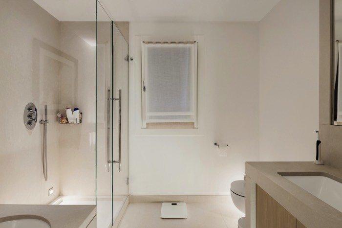 Colonne de douche encastrer ou apparente 60 exemples d for Quel carrelage pour douche a litalienne