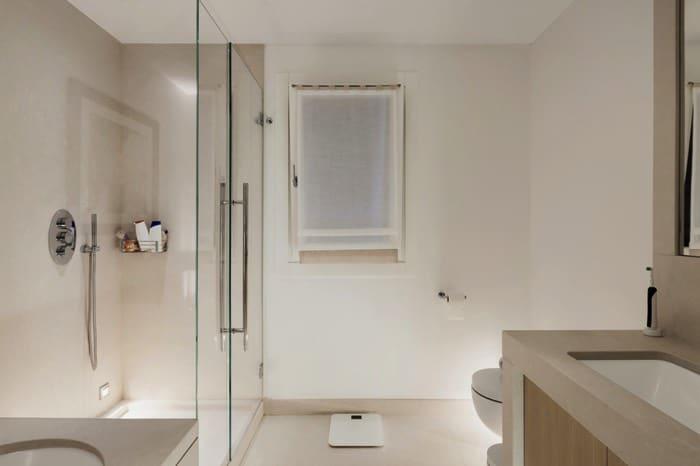 Receveur de douche extra plat 20 designs le guide complet avec tarifs - Vitre pour douche italienne ...